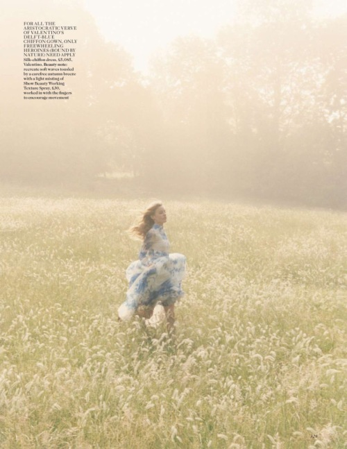 georgia-may-jagger-by-venetia-scott-for-vogue-uk-october-2013-7